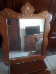 Penteadeira, cadeira e espelho