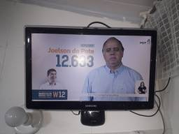 TV LED Samsung 24 polegadas sou de Petrópolis