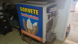 Maquina de sorvete Italianinha compacta!