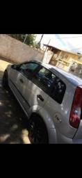 Vendo Fiesta Hatch 1.0