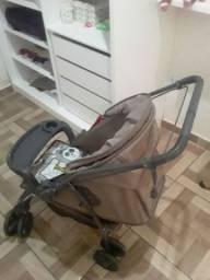Vendo carrinho de bebê e anda -ja,usado pouco tempo
