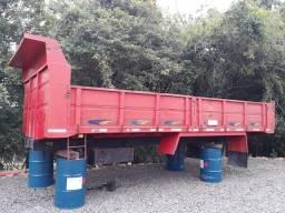 Caçamba truck de abrir semi nova