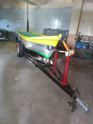 Vendo barco 5m motor Mercury 15hp e reboque