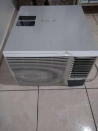 Ar condicionado de janela 30.000 BTU