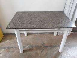Mesa de granito 1.20 x 0.75