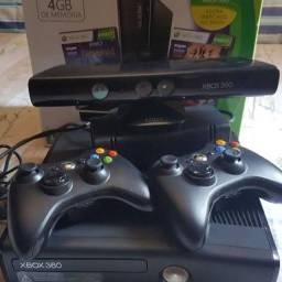 X-Box 360 slim - Usado