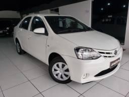 Toyota Etios 1.5 ! Completo!