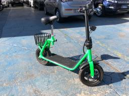 Scooter elétrico chees