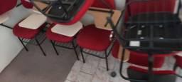Cadeiras com prancheta