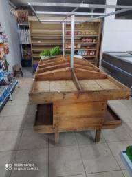 Banca de verdura com 15 divisões,madeira bruta!