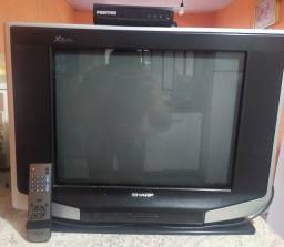 Tv tubo com conversor.