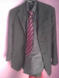 Vai duas gravata de graça