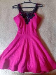 Vestido usado pouquíssimas vezes, semi novo