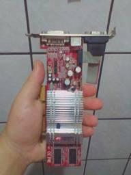 Placa de vídeo ATI Radeon DDR