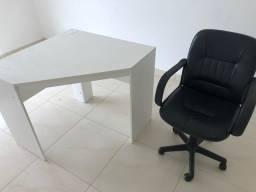 Mesa escritório + cadeira giratório