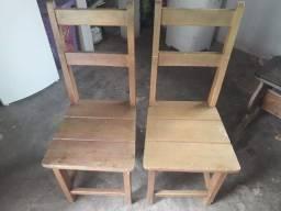 Mesa de granito + 2 cadeiras de madeira