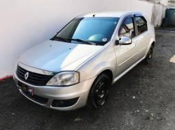 Renault Logan expression hi-flex 1.6 8v 4 p
