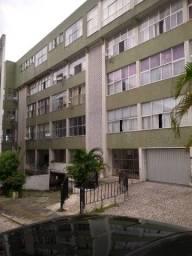 Alugo, apartamento 3 quartos com suite e dependência no Barris R$ 1780,00 com taxas