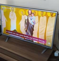 TV LG 32 polegadas - NÃO É SMART