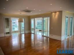 Apartamento para alugar com 4 dormitórios em Tamboré, Santana de parnaíba cod:473021