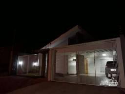 Casa com 3 dormitórios à venda, 184 m² por R$ 410.000,00 - Jardim Primavera - Araruna/PR