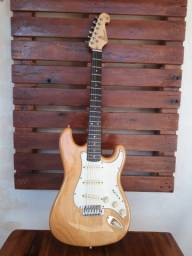 Título do anúncio: Guitarra SX Stratocaster