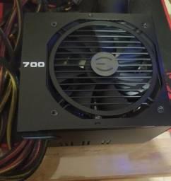Fonte EVGA 700w 80 Plus bronze
