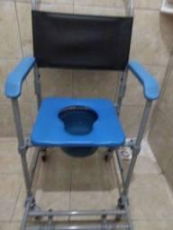 Vendo uma cadeira de banho completa