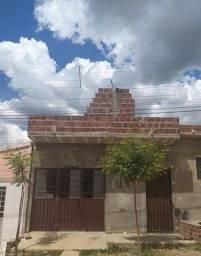 Vende-se casa em Serra Talhada