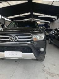 Toyota Hilux SRV (aceita troca)