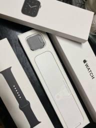 Apple Watch 40mm - SÉRIE SE A2351  ( GPS) Anatel