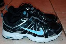Tênis Nike Alvord 8