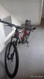 Bike nova pouco usada aro 29 tamanho 17