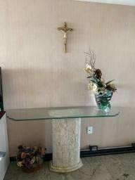 Conjunto em base de mármore travertino