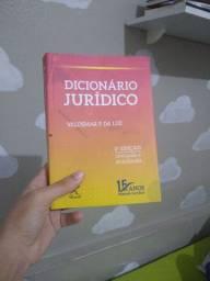 Dicionário jurídico novo
