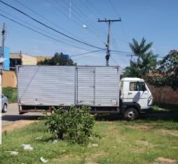 Caminhão 8 160 -2013