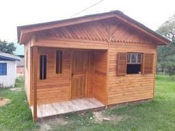 Casa pré fabricada 5,40x5,40 eucalipto.