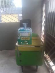 Vendo um carrinho  agua coco