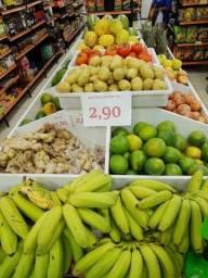 expositor de frutas e legumes
