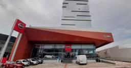 Ampla sala comercial 70 m² nova no Estreito em prédio com área de lazer