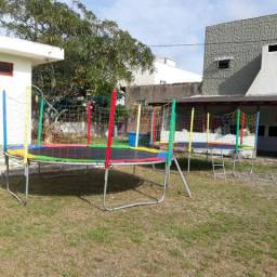 Cama elastica + piscina de bolinhas