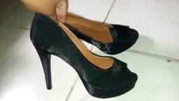 Sapato Preto de salto