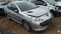 Sucata Peugeot 207 Sedan para retirar peças !