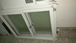 Vendo 3 janelas de alumínio nunca usada