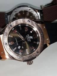 Relógio hublot caixa de aço inoxidável escovado, pulseira de borracha e fecho de trava