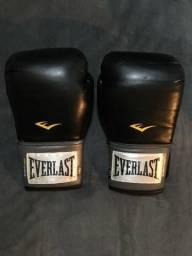 Semi novo   Apenas venda   Perfeito estado  Luvas de boxe Everlast b6db5dfbc80c5