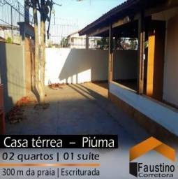 Casa térrea de esquina: 02 quartos ( 01 suíte), área de churrasco e quintal grande