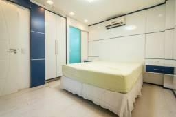 Apto 3 Dormitórios 40 Metros Do Mar