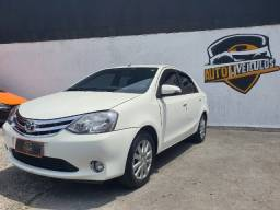 Etios sedan 1.5 platinun completo gnv 100% financiado