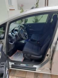 Vendo Honda Fit DX 1.4 2014
